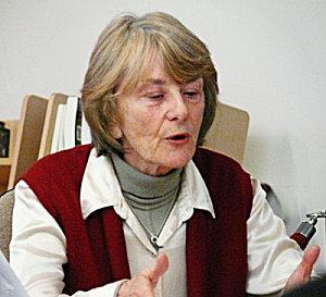 http://www.disons.fr/wp-content/uploads/2011/01/Anne-Zelenski.jpg