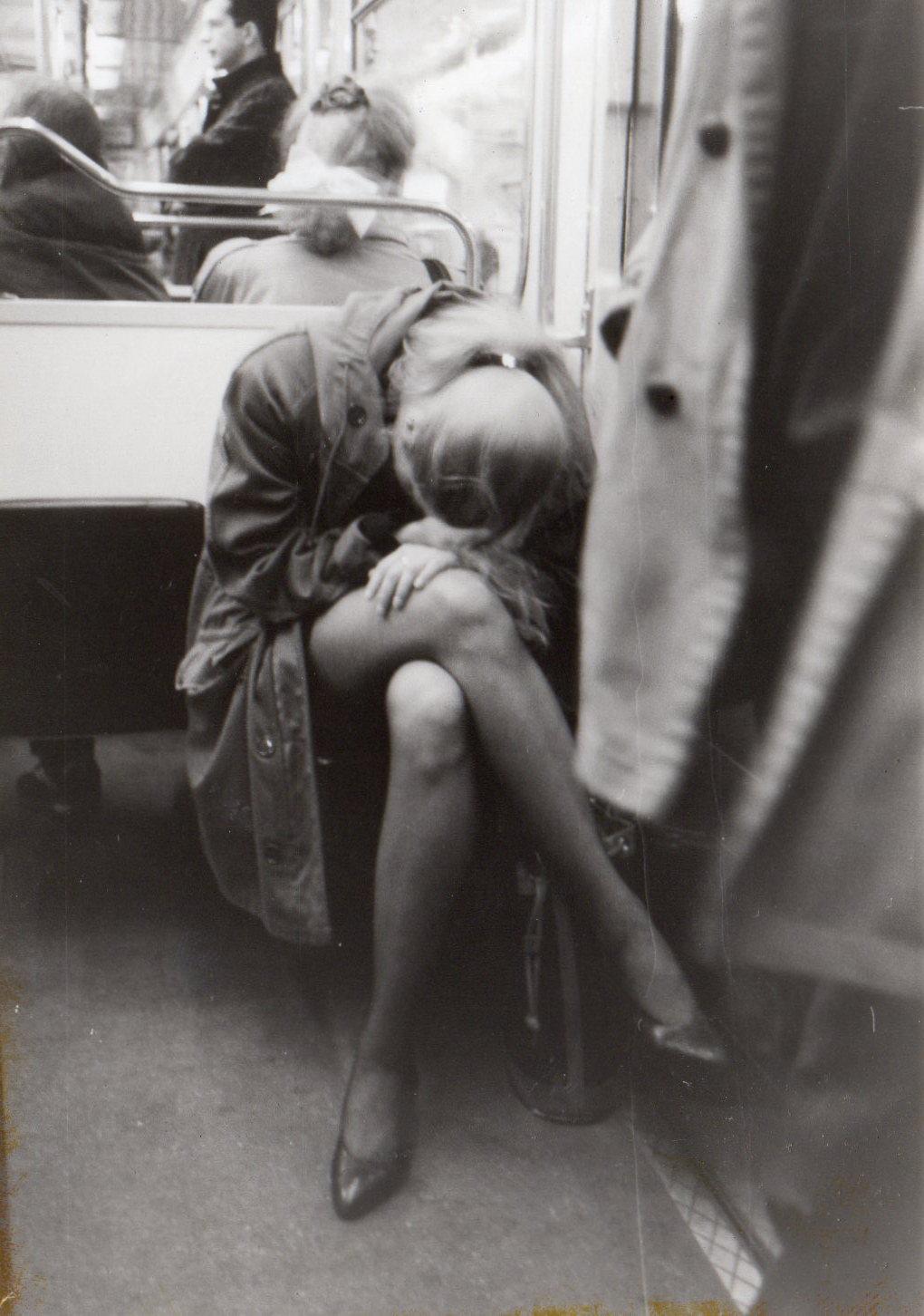 Femme_metro