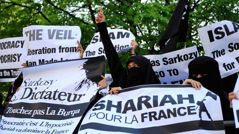 maillot-de-bainn-Reims-sharia-islam